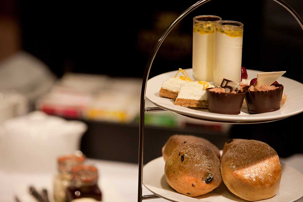 afternoon-tea-cakes