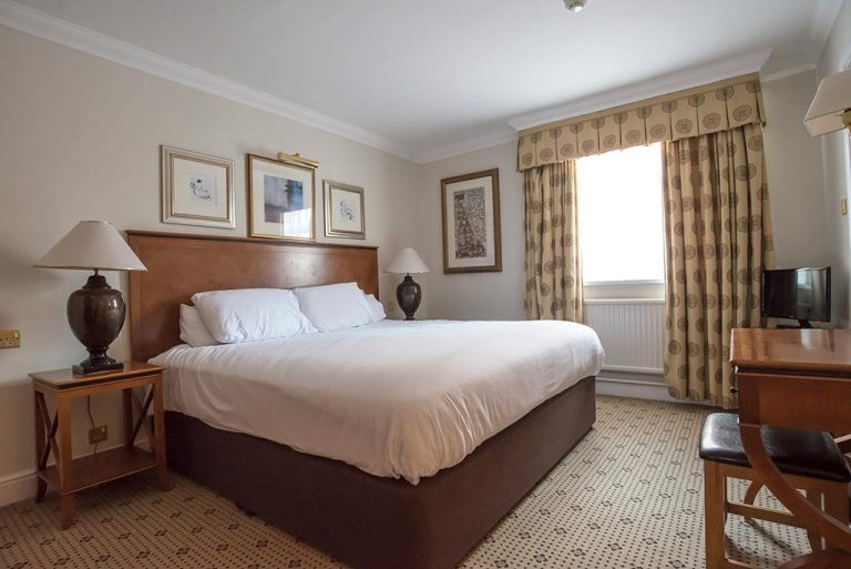Deluxe Suite at Apollo Hotel Basingstoke