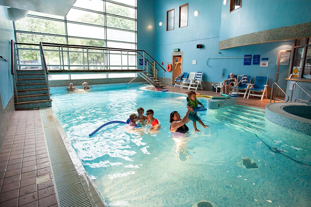 family swimming at Apollo Hotel Basingstoke