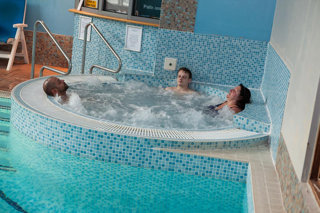 jacuzzi at Apollo Hotel Spa basingstoke