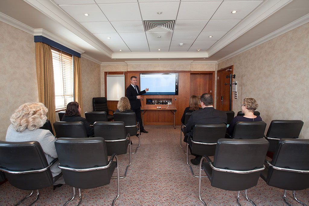 presentation room hire in Basingstoke